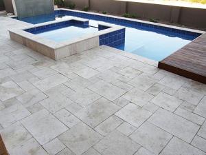 French-Pattern-limestone